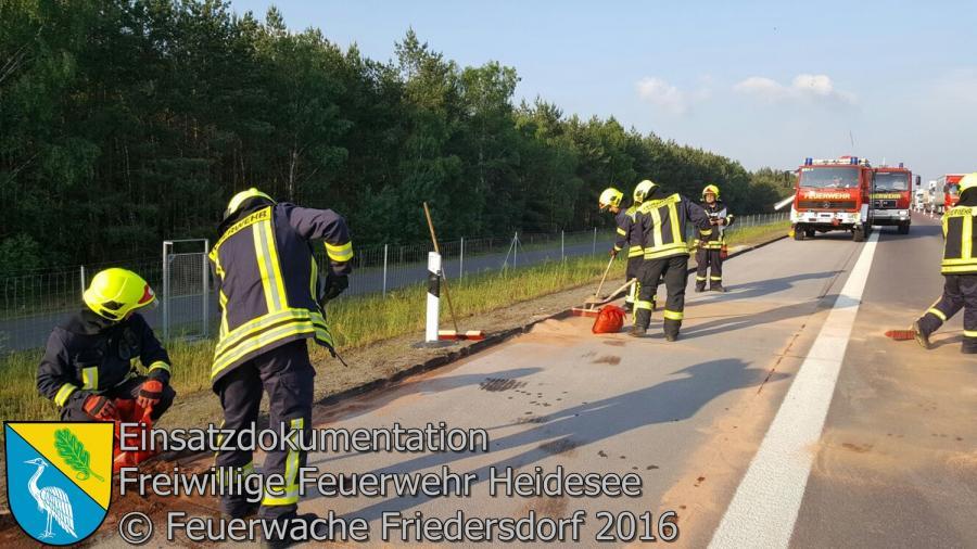 Einsatz 58/2016 | Auslaufender Diesel aus LKW | BAB 12 AS Storkow - AS Friedersdorf km 5,7 01.06.2016