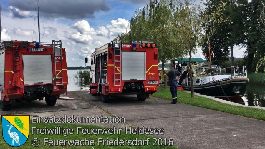 Einsatz 86/2016 | Boot droht zu sinken | Blossin Blossiner Seeweg 21.08.2016