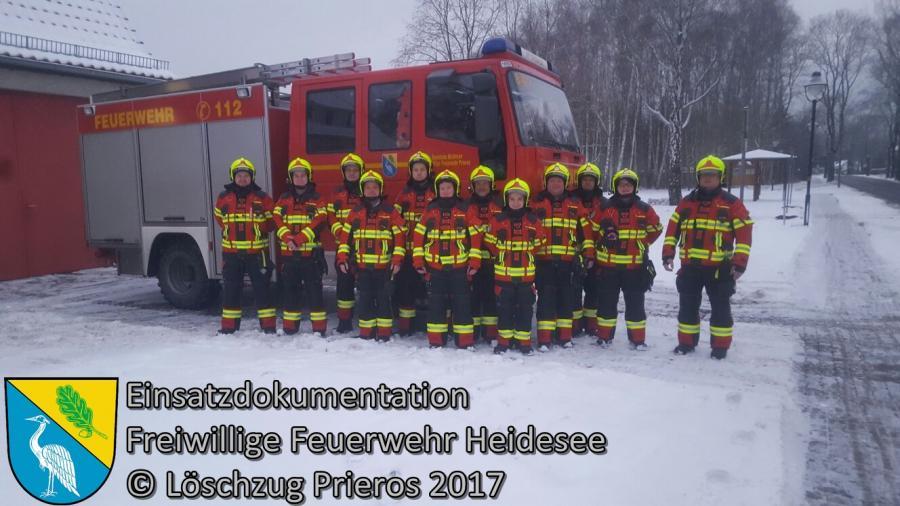 Einsatz 3/2017 | Wasser aus Bungalow | Prieros Ziestsee | 08.01.2017 Der 2. Einsatz in der neuen Einsatzbekleidung!