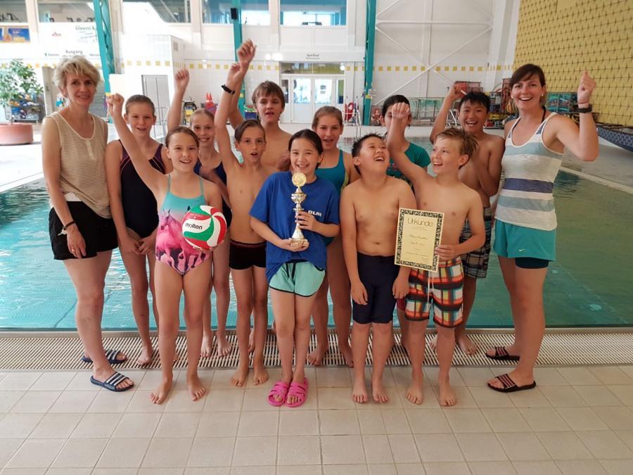 Unser Siegerteam beim Kleinen Triathlon