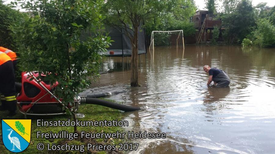 Einsatz 88/2017 | mehrere Grundstücke unter Wasser | Bestensee Wiesenweg | 30.06.2017