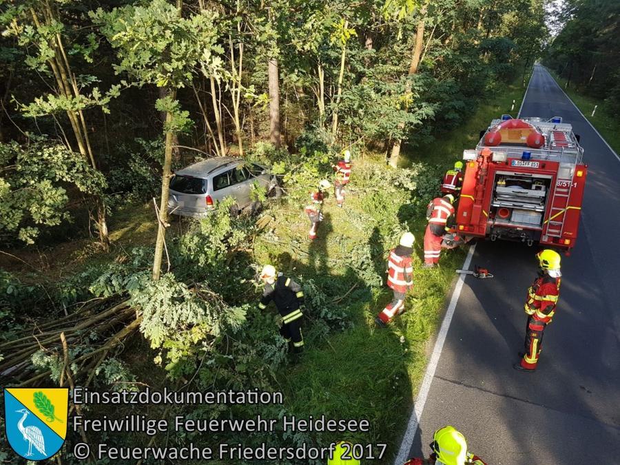 Einsatz 108/2017 | PKW gegen Baum | L40 OV Bindow - Senzig | 04.08.2017