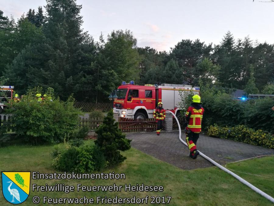 Einsatz 111/20177 | Brennt Komposthaufen | Bindow Geschwister-Scholl-Straße | 13.08.2017