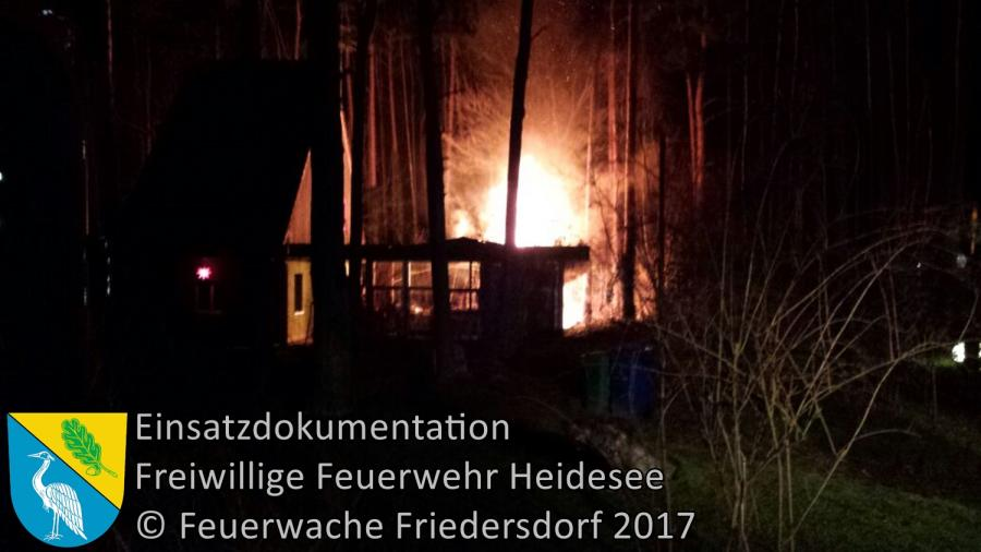 Einsatz 336/2017 | Sauna in Vollbrand | Bindow Urselweg | 25.12.2017