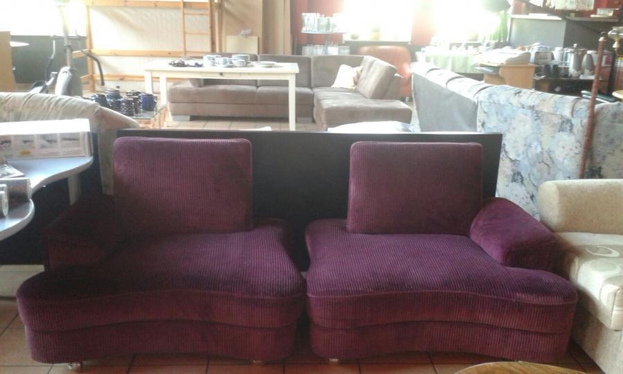 Sofa weinrot