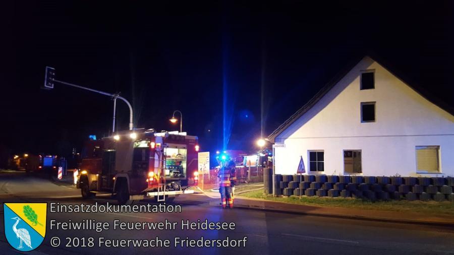 Einsatz 77/2018 | Brennt Schaukel, Fassade und Terrase | Friedersdorf Lindenstraße | 02.07.2018