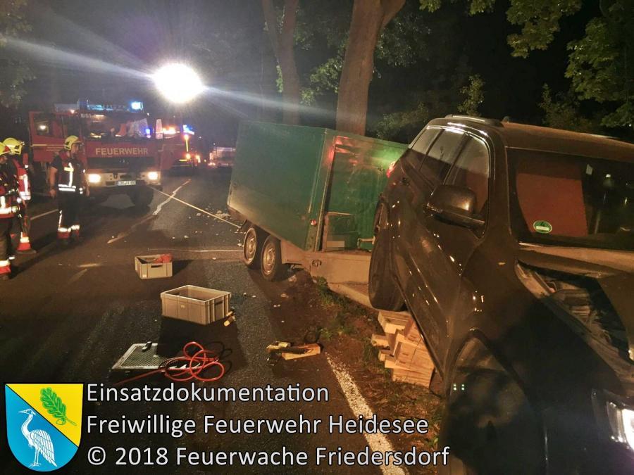 Einsatz 102/2018 | PKW gegen Baum | Gussow Gräbendorfer Straße | 29.07.2018