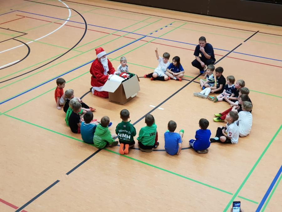Nikolaus bei den VSV_Kids im Dezember 2018