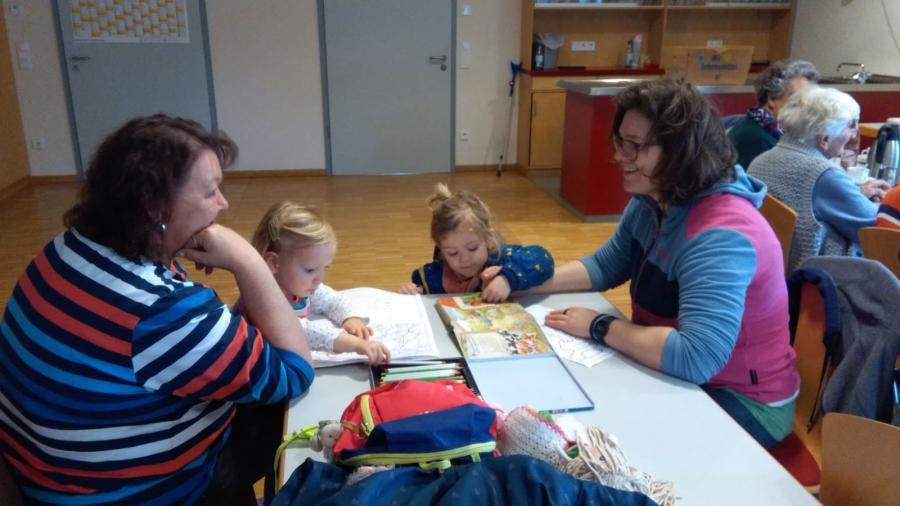 Generationentreff mit Enkelbetreuung