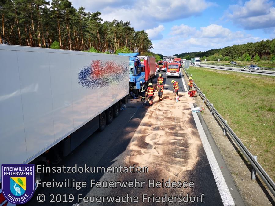 Einsatz 46/2019 | VU LKW auf LKW | BAB 10/12 AD Spreeau Überfahrt auf A 12