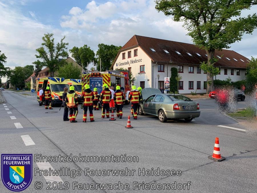 Einsatz 51/2019 | VU 2x PKW | Friedersdorf Lindenstraße | 17.05.2019