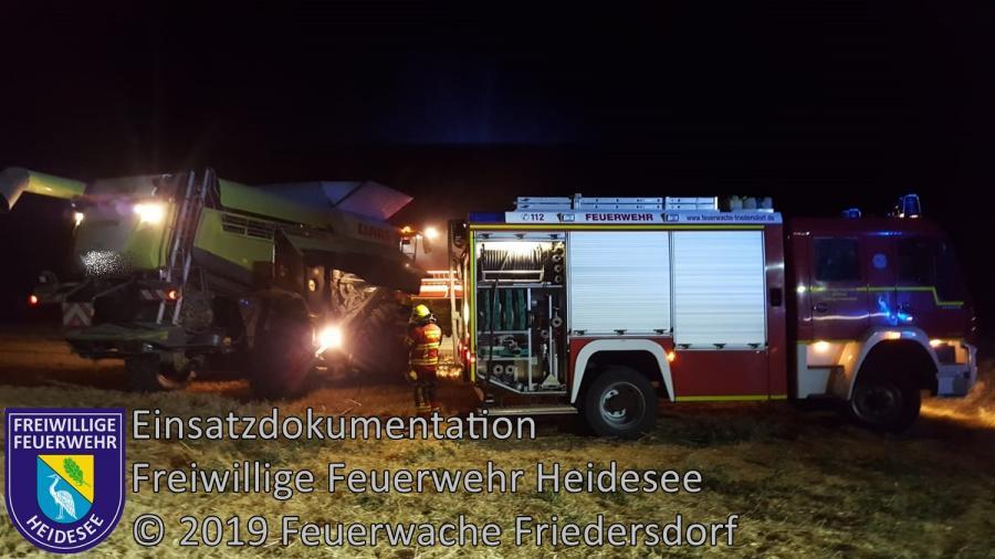 Einsatz 99/2019 | Brennender Mähdrescher und Stoppelfeld | L39 OV Friedersdorf - Blossin | 15.07.2019