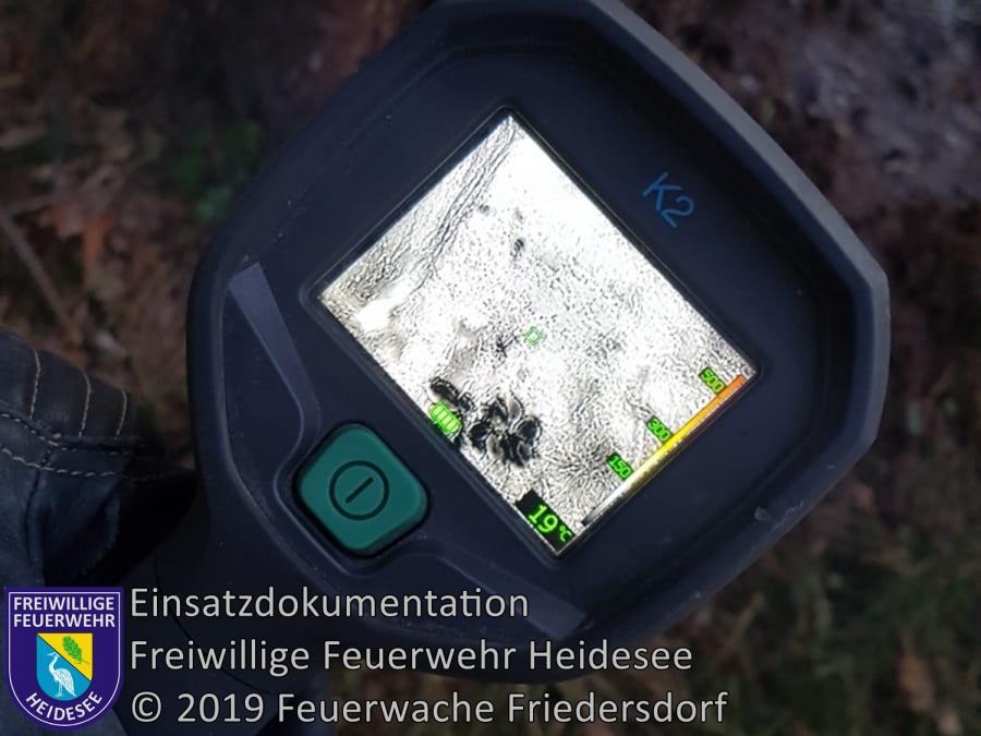 Einsatz 143/2019 | Nachlöscharbeiten 1m² Lagerfeuer | Friedersdorf Wilhelmstraße | 22.09.2019