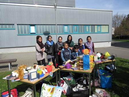 Bunte Schule_Überreichung Geschenke