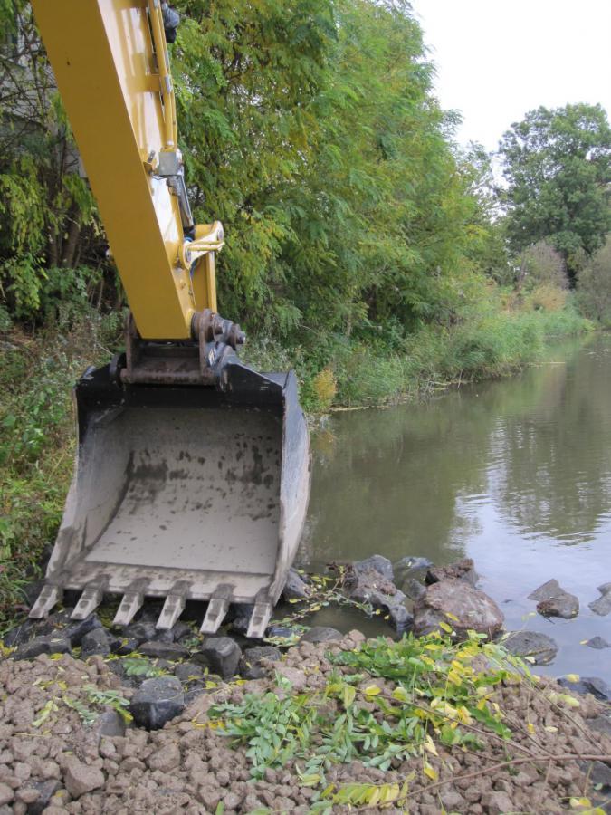 Ufersanierung - Errichtung Baustraße am Ufer