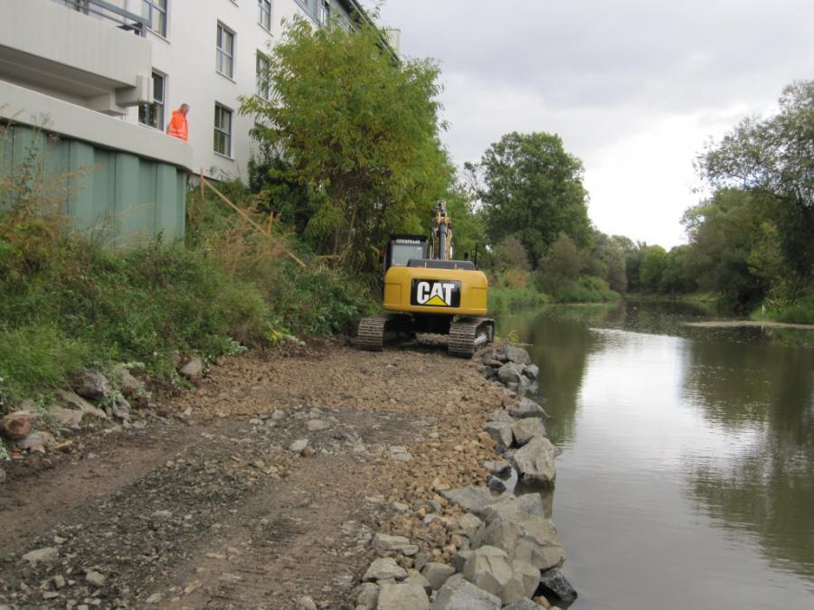 Ufersanierung - Anfüllung mit Wasserbausteinen