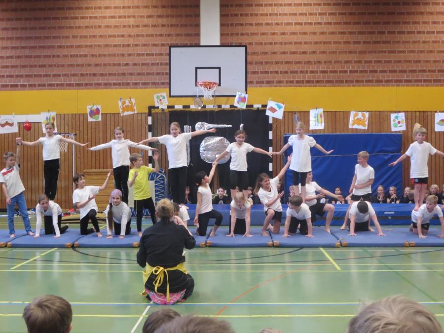 Sportaufführung Klasse 3