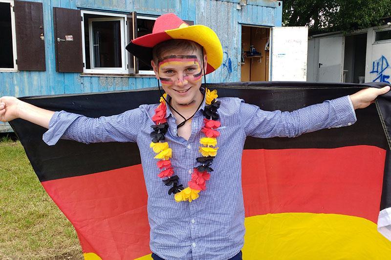 Der zwölfjährige Franzose Ilan war im Viertelfinale durch und durch Deutschland-Fan.