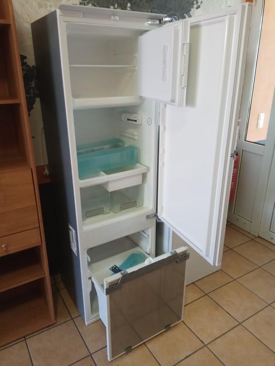 Einbaukühlschrank mit Gefrierteil