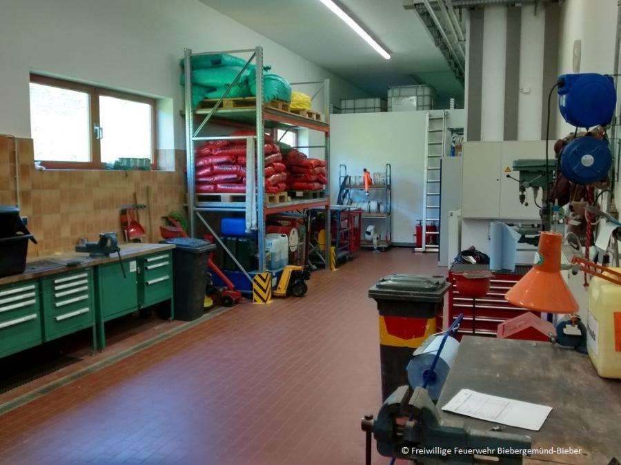 Werkstatt der Fahrzeug- und Gerätewarte