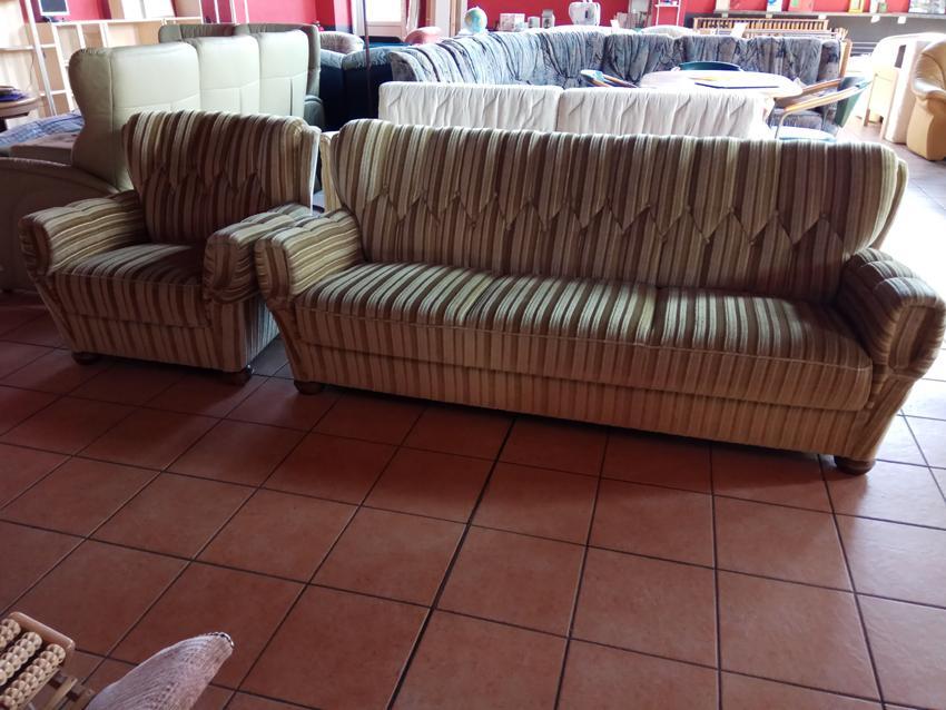 Couch 3-Sitzer und Sessel