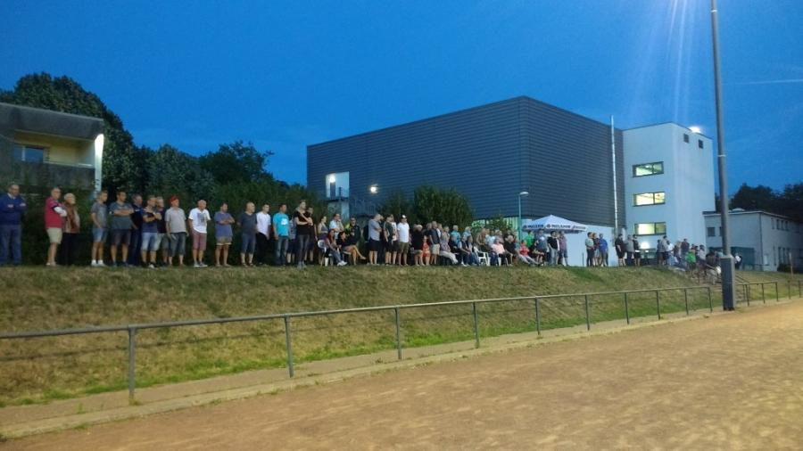 ca.300 Zuschauer in der Grimmert-Arena