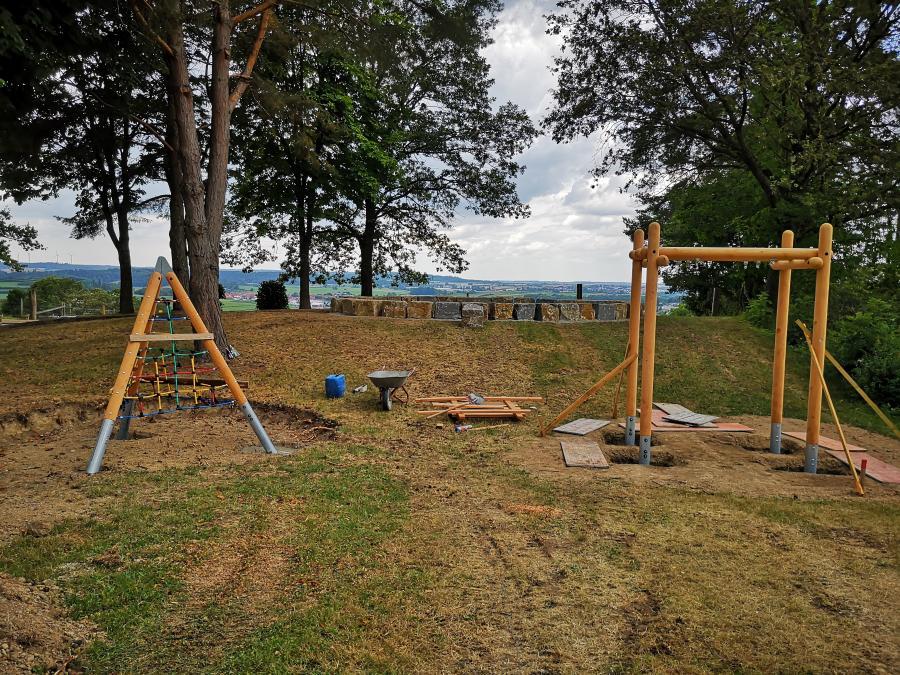 Neugestaltung Grillplatz Halden