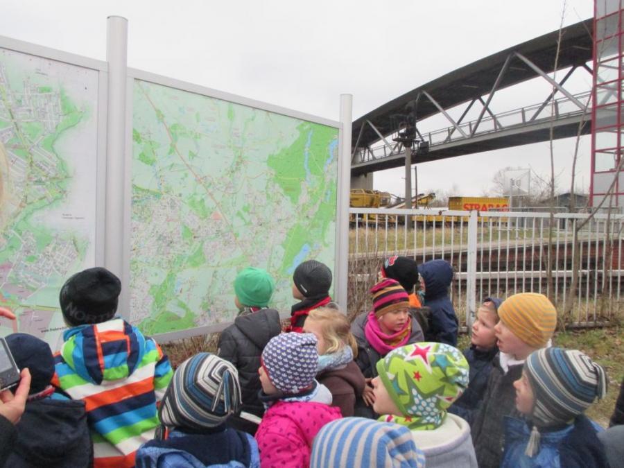 Kinder entdecken ihren Ort