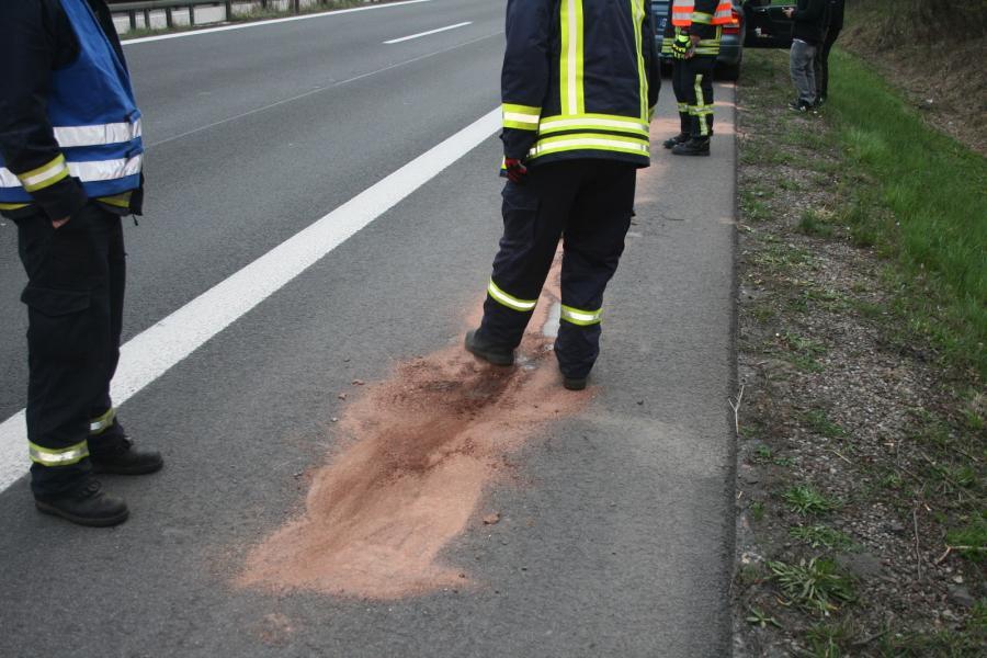 Ölspur auf der BAB11, AS Warnitz - AS Pfingstberg