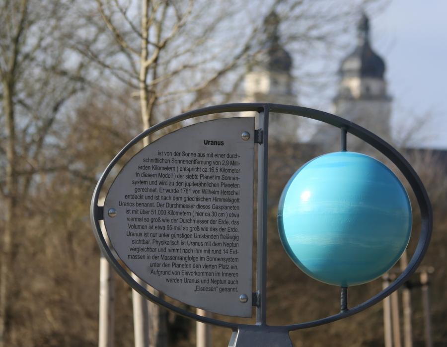 Uranusstele 1