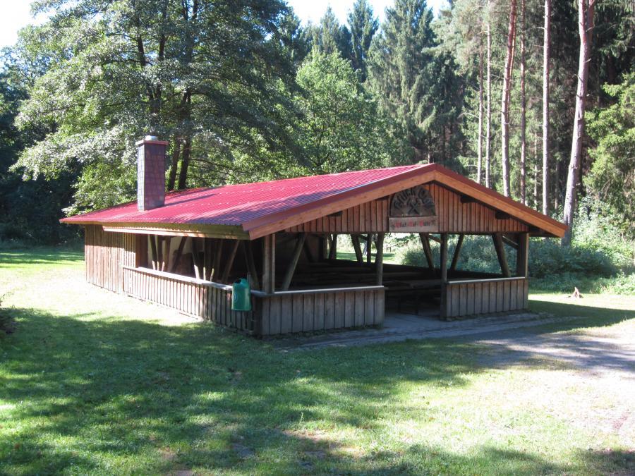 """Foto: Hütte in der Freizeitanlage """"Glück-Auf"""""""