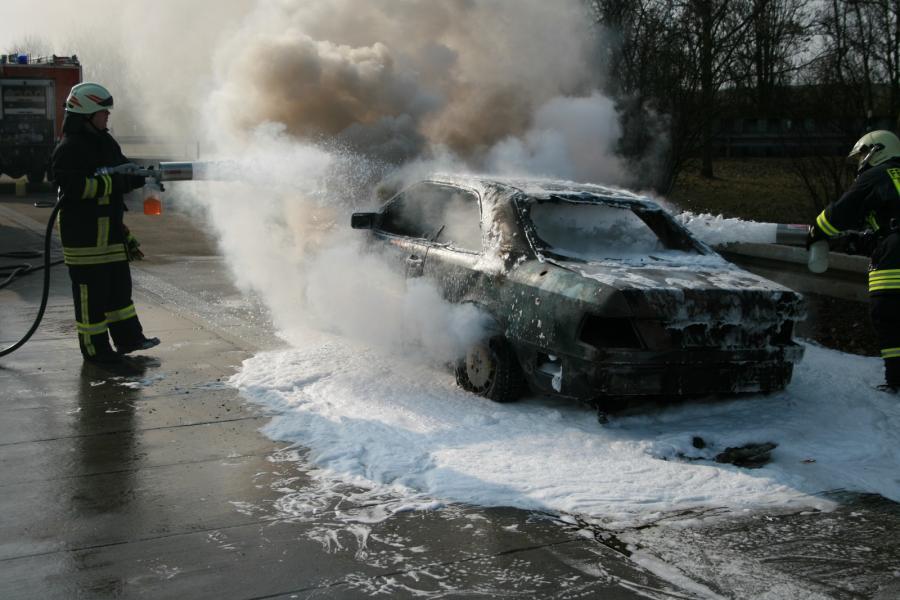 PKW-Brand auf der BAB11