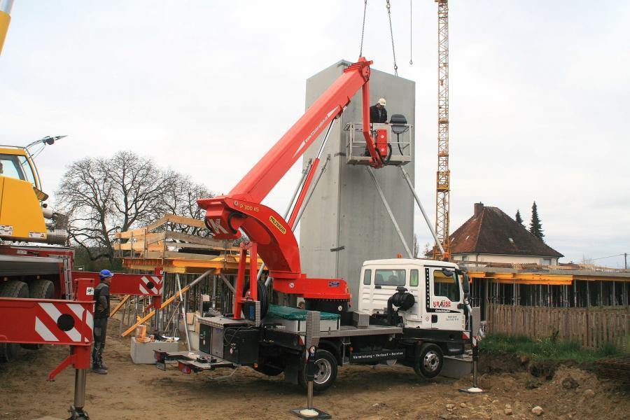 Errichtung des Aufzugturms 2