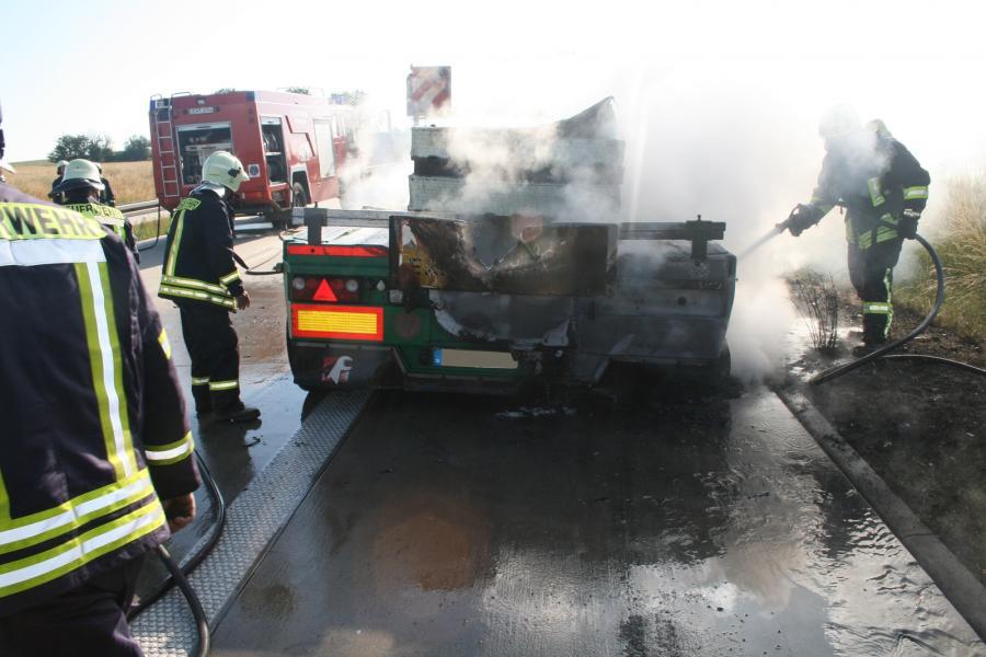 LKW-Brand auf der BAB11, Schmölln Richtung Penkun