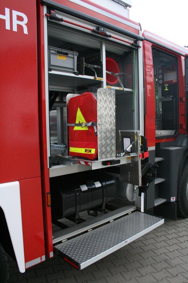 Tanklöschfahrzeug 4000 ST - Geräteraum 2