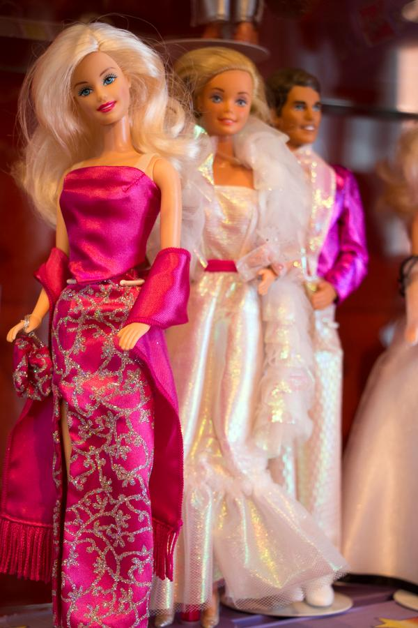 Barbie-Puppen in der Ausstellung -Busy Girl- Foto- Museum OSL