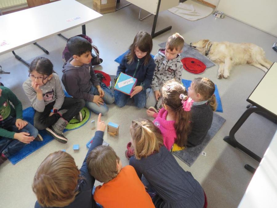 Grundschule Gemünden - Ole im Schlafzimmer
