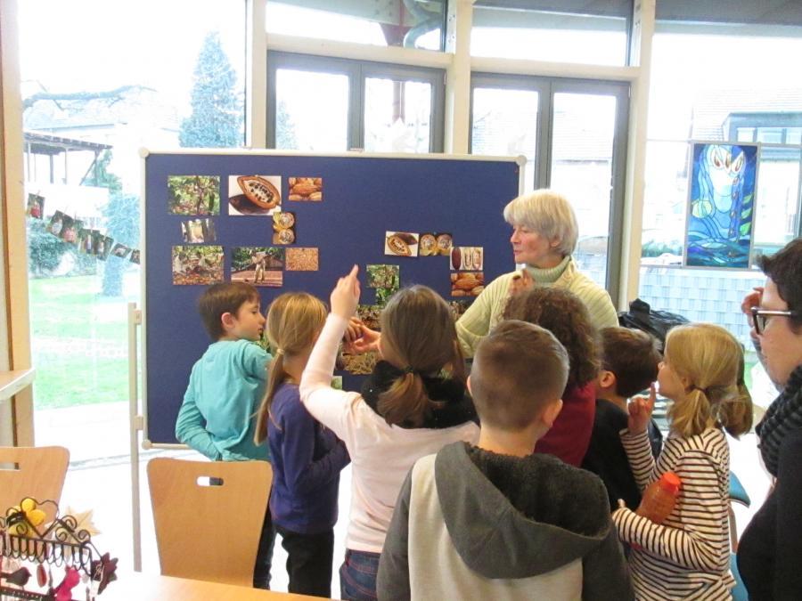 Besuch von Schülern der Grundschule im EWL