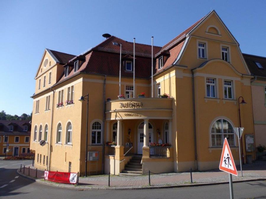 Rathaus Münchenbernsdorf