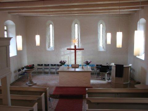 Innenraum der Feldsteinkirche in Dahmsdorf