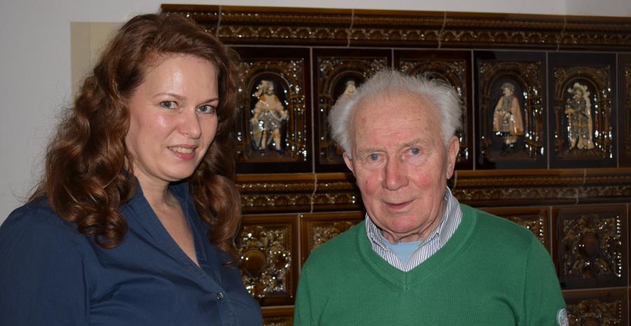 Sigmund Jähn und Direktorin Fr. Tesch