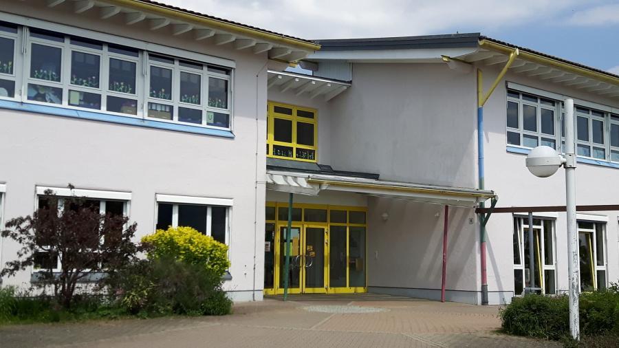 Außenbild der Schule