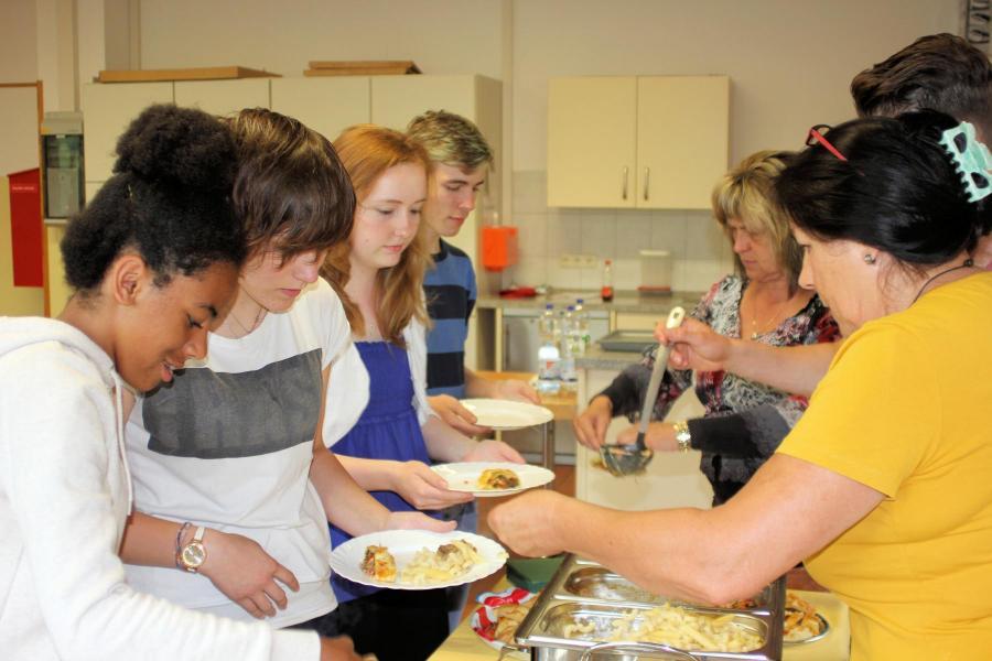Schüler kochen für Schüler 3