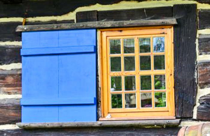 Fensterladen Freilandmuseum Lehde_ Foto: INGO LAUE