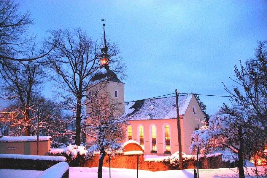 Kirche zu Maxen im Winter