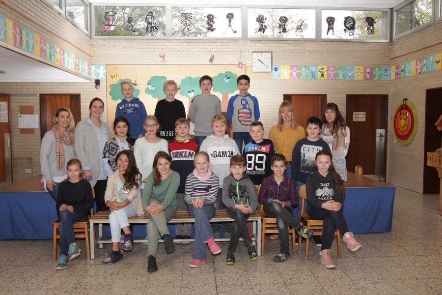 Klasse 4 b