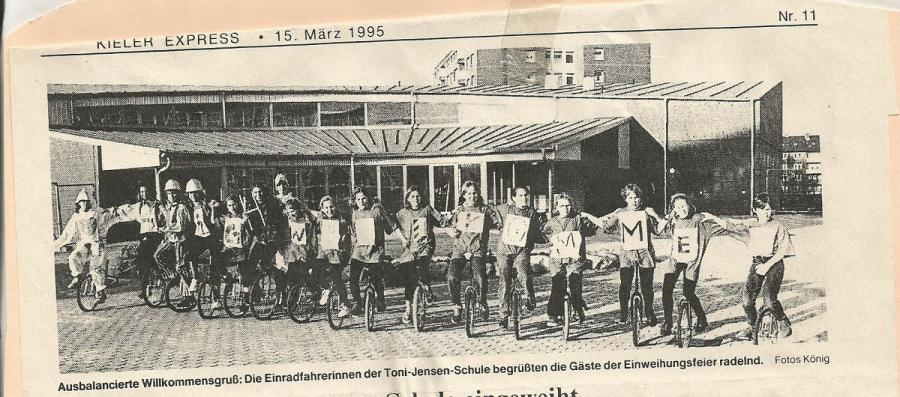 Schulgruppe aus den Anfängen 1995