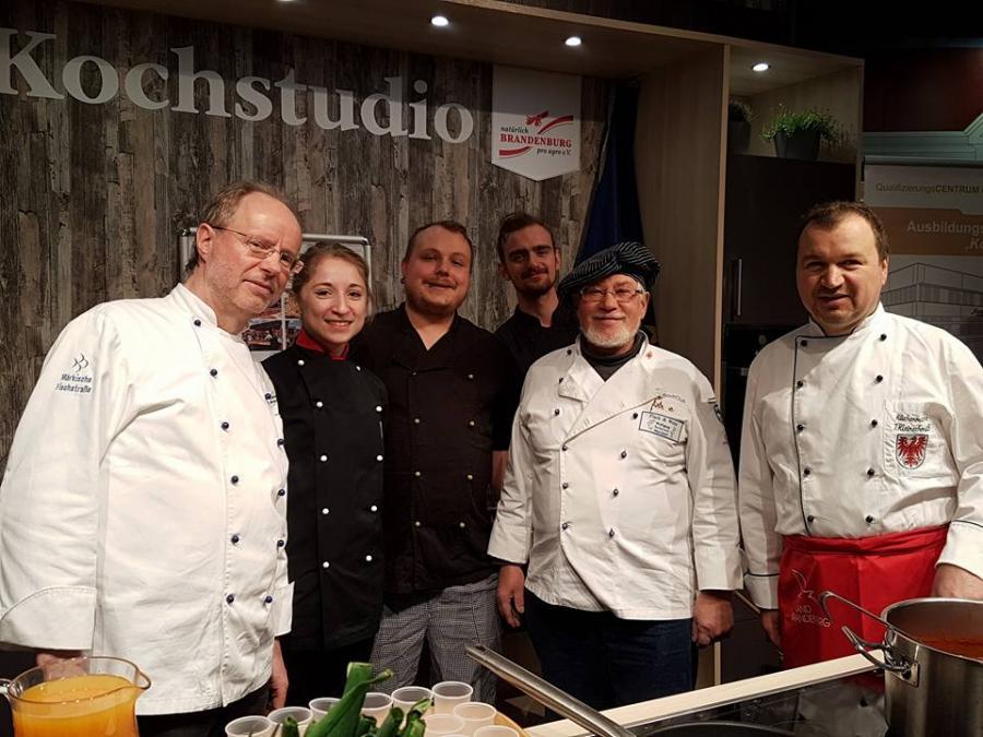 Crew Kochhütte
