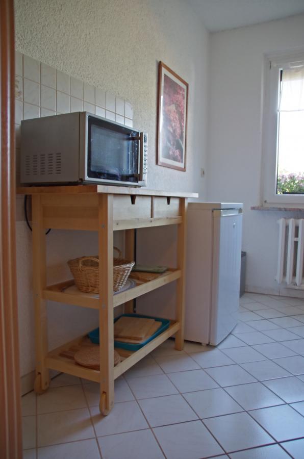 Ferienwohnung Ferchesar Küche mit Kühlschrank