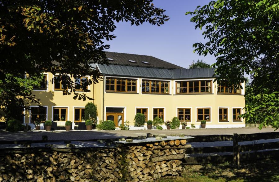 Landhotel Hallnberg- Fassade